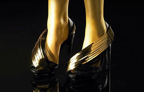 Andreia Chaves Goldsculpt line