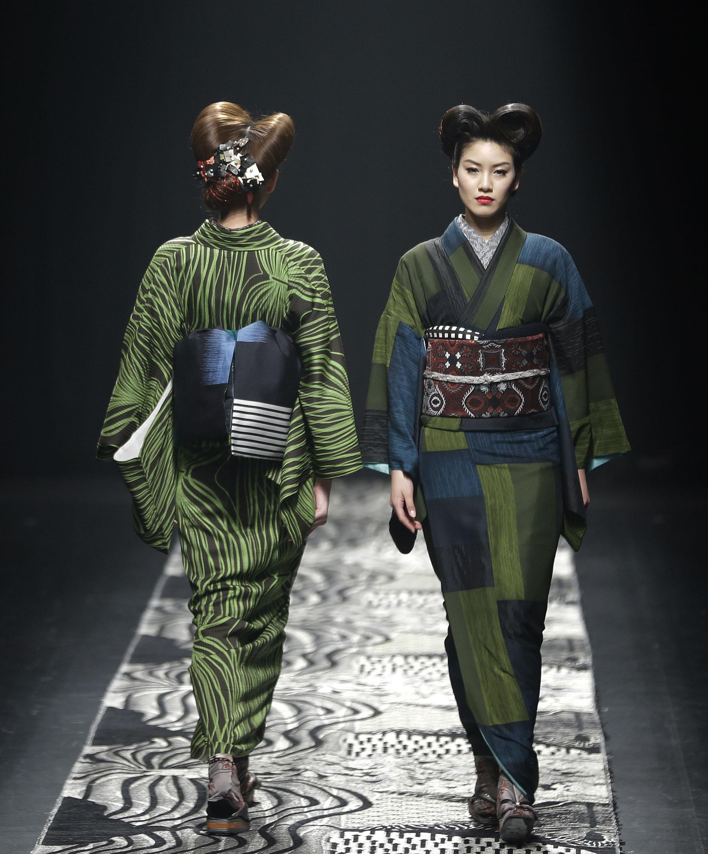 Jotaro saito art of kimono welum Japanese clothing designers