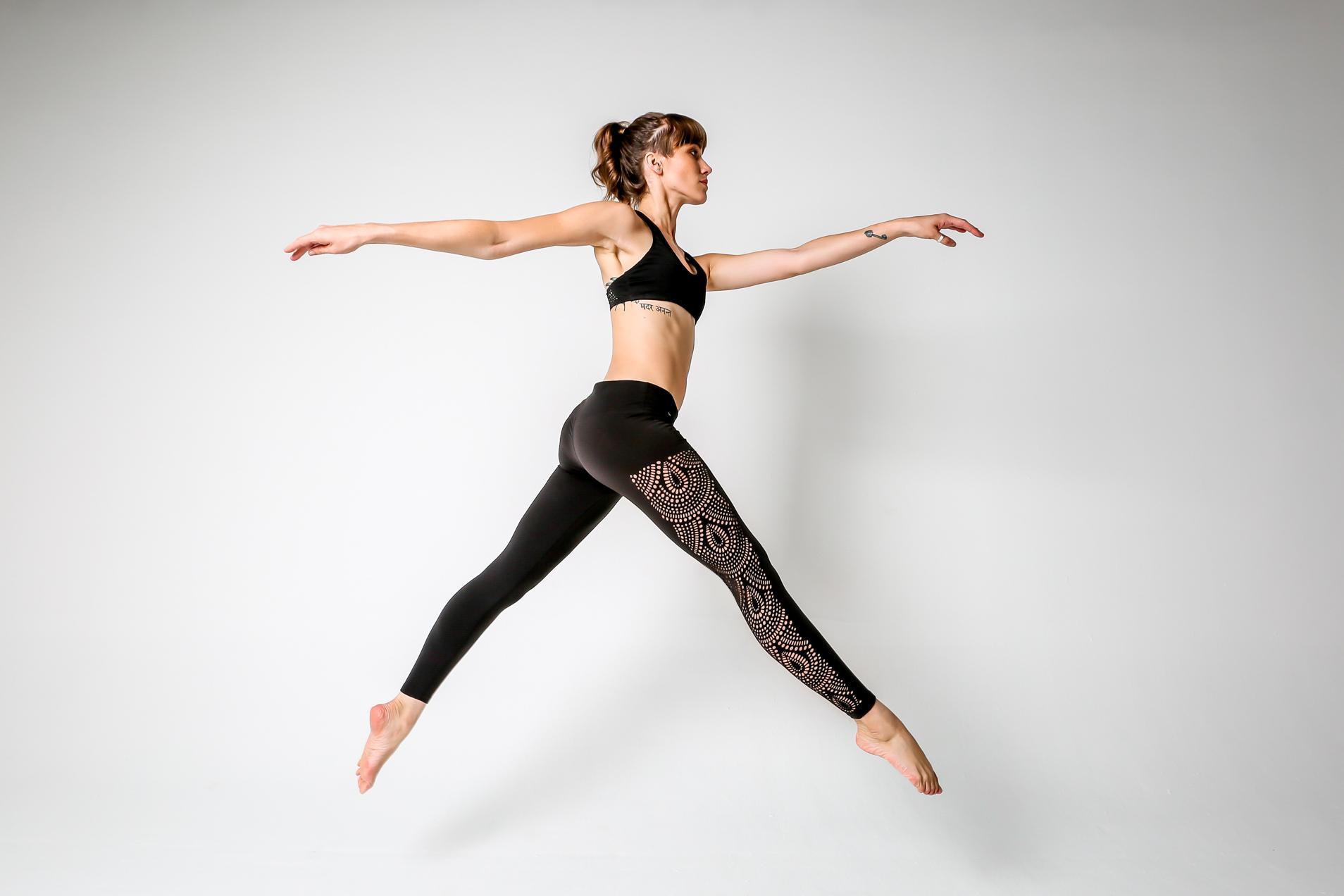Provocateur-yoga-pants-YDL-high-res-5